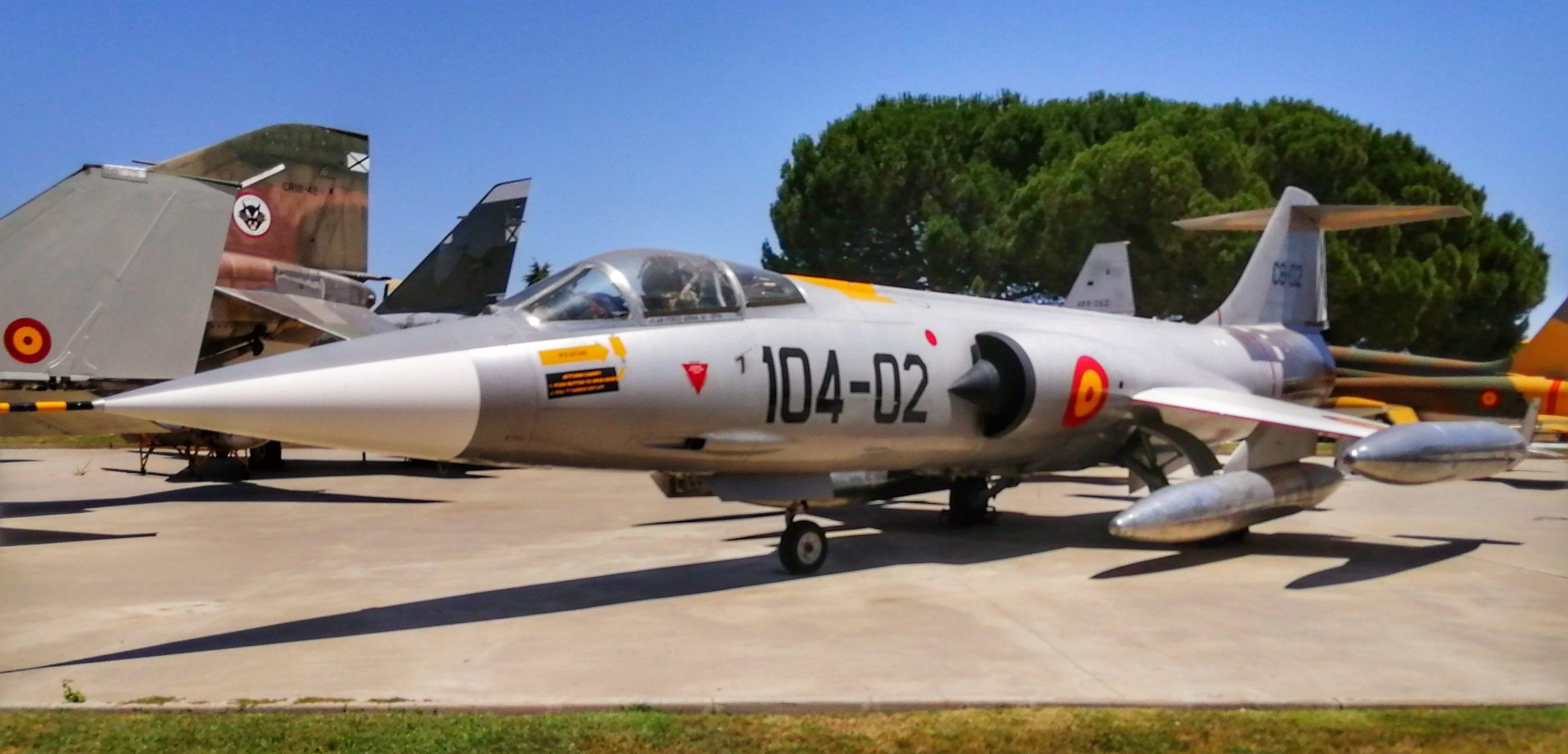 "Lockheed F-104 ""Starfighter""."